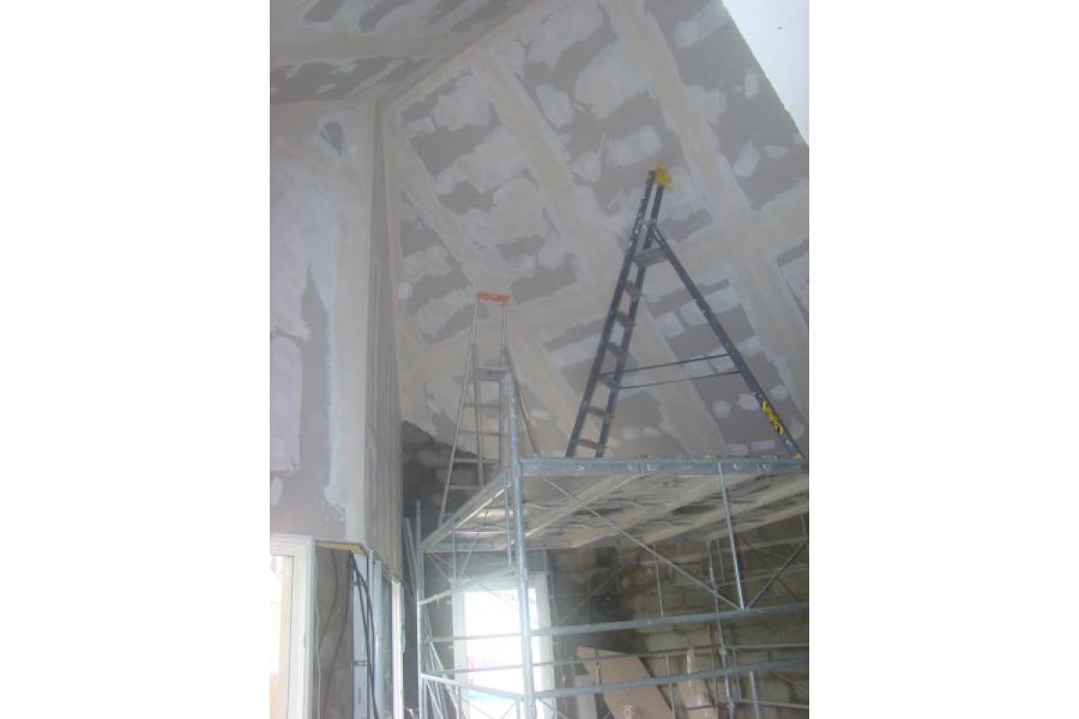 Doublage sous toiture en plaque de plâtre