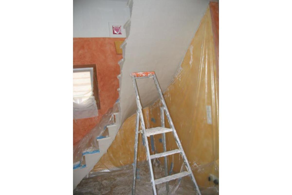 Plâtre sous escalier en voûte